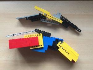 Mit diesem Lego-Modell der Fingerbewegungsschiene fing alles an.