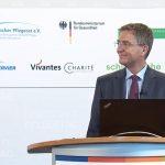 Thomas Ballast auf dem Deutschen Pflegetag 2020